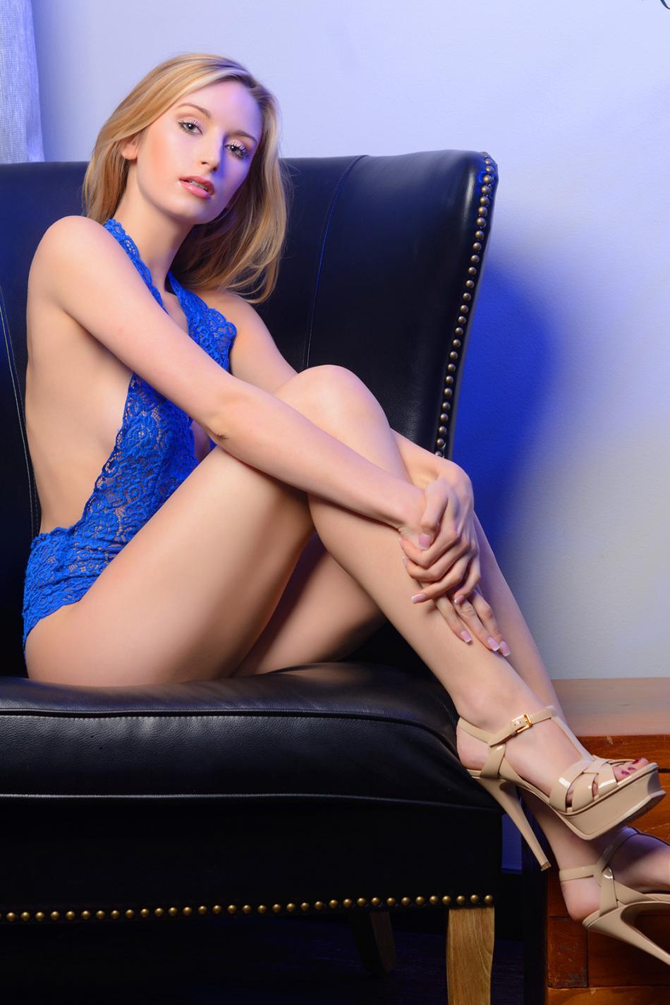 Ladyfordaddy.com Claudia Girl In New York 11083730 - 4 4